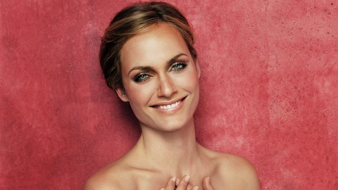 Amber Valletta wallpapers high quality