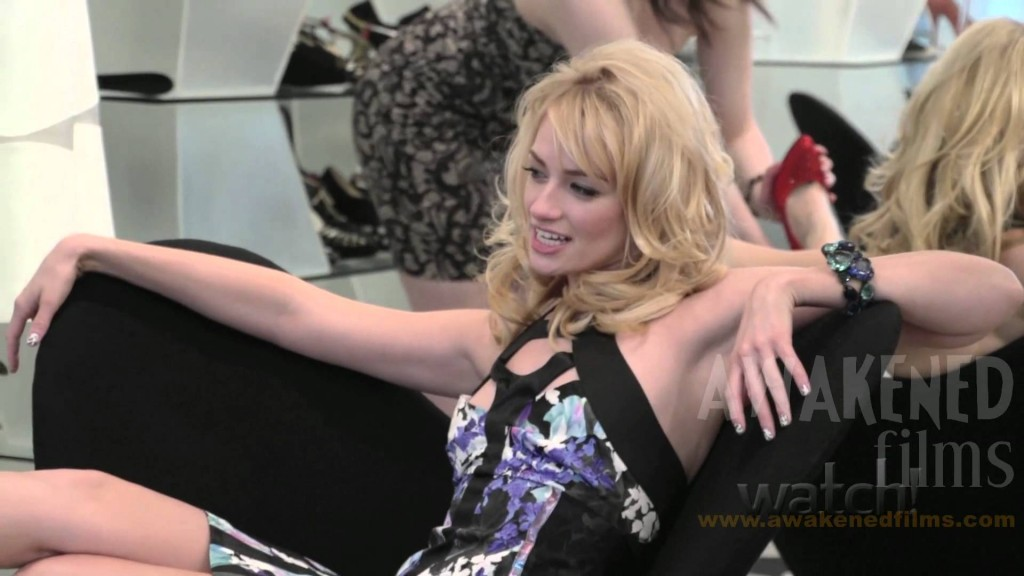Beth Behrs wallpapers HD