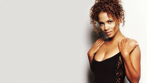 Halle Berry wallpapers high quality