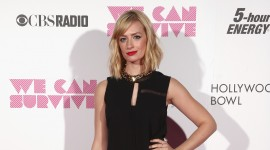 Beth Behrs Wallpapers