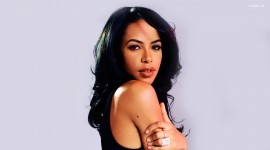 Aaliyah High Definition
