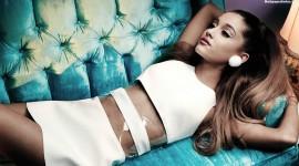 Ariana Grande Widescreen