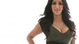 Kim Kardashian Download for desktop