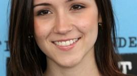 Shannon Woodward background