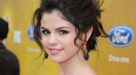 Selena Gomez Pics