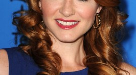 Sarah Drew HD Wallpaper
