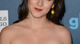 Shannon Woodward pic