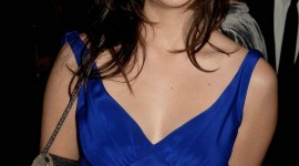 Shannon Woodward Pictures