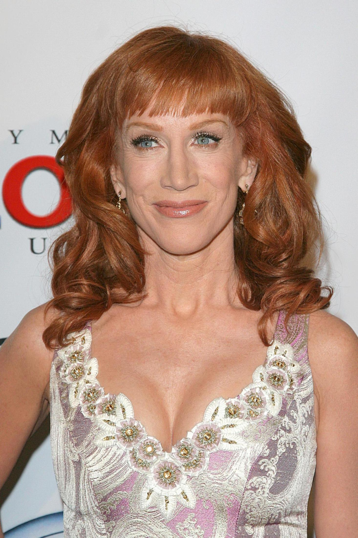 Kathy Griffin Wallpapers High Quality | Download Free