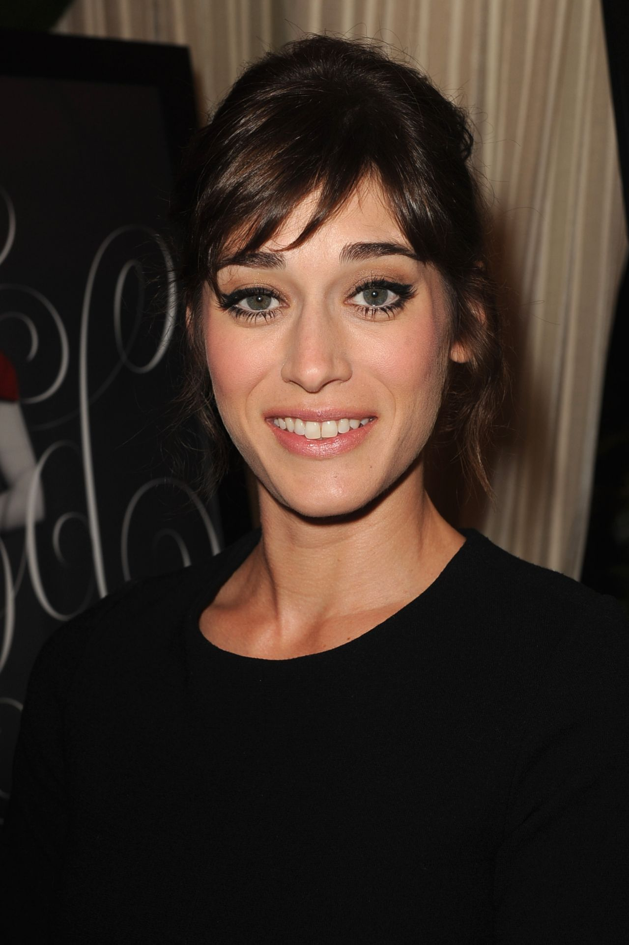 lizzy caplan wallpapers high quality download free