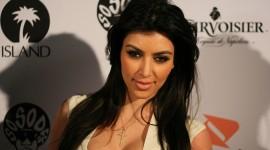 Kim Kardashian Iphone wallpapers