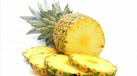 Pineapples Pics