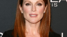 Julianne Moore High Definition