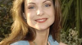 Kimberly Williams-Paisley for smartphone