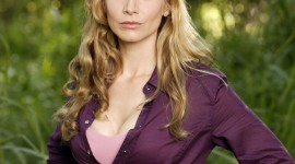 Elizabeth Mitchell For desktop