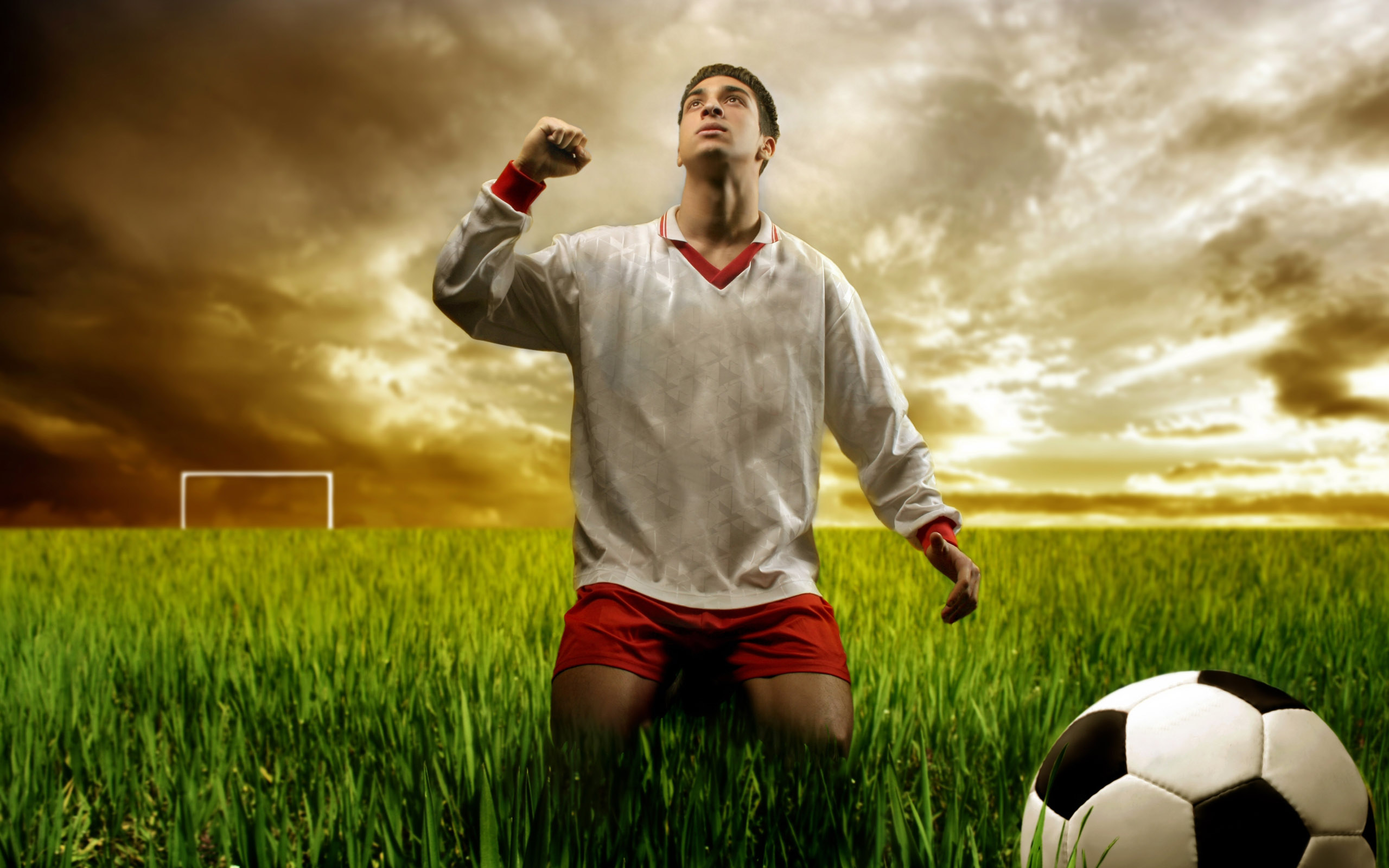 Free Soccer Wallpaper: Soccer Wallpapers High Quality