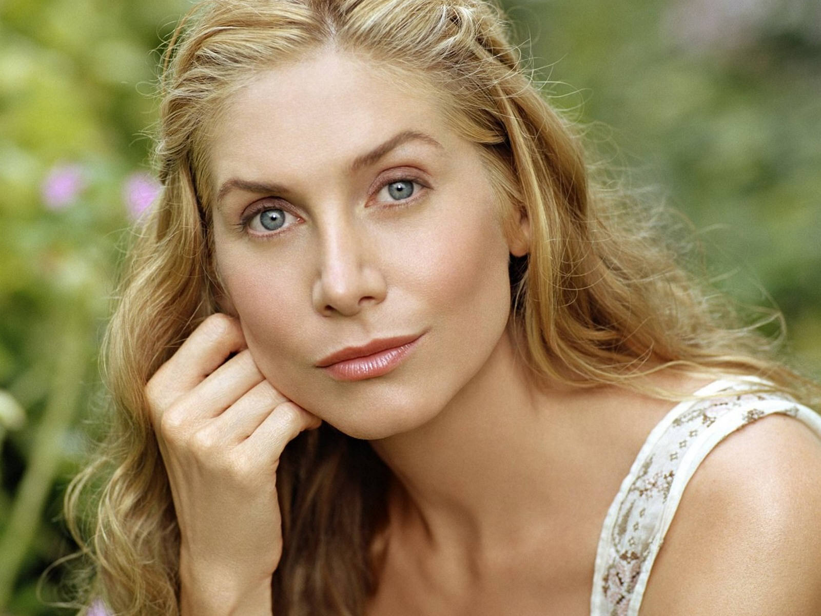 <b>Elizabeth Mitchell</b> Photos - 4307_elizabeth_mitchell