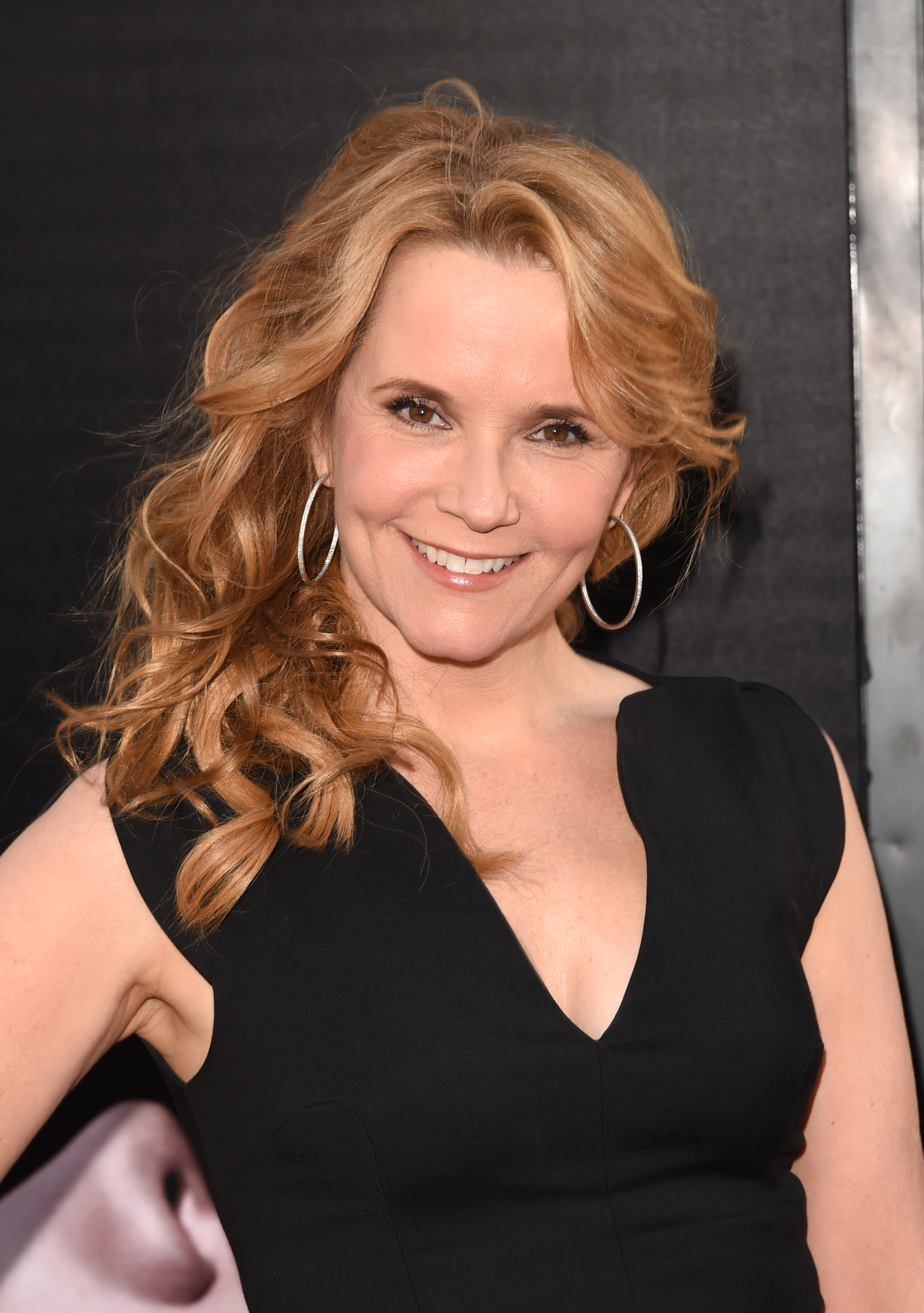Lea thompson all the right moves - 2 5