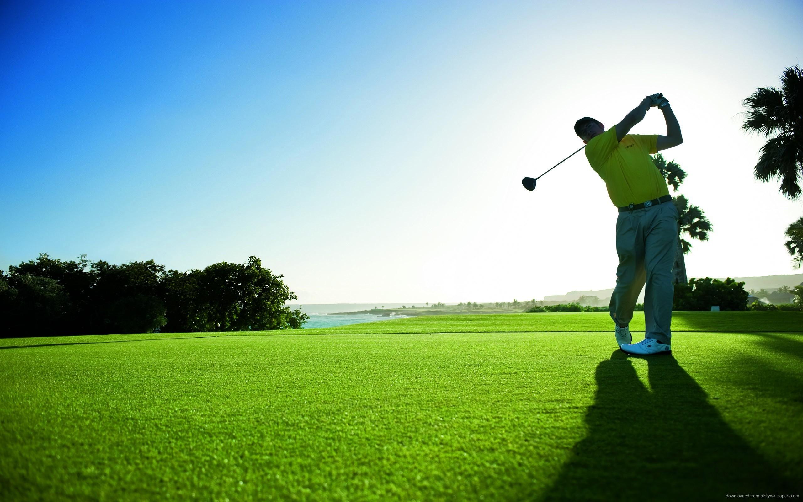 Golf galleries 72