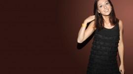 Alyson Hannigan background