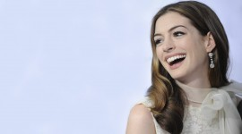 Anne Hathaway for smartphone