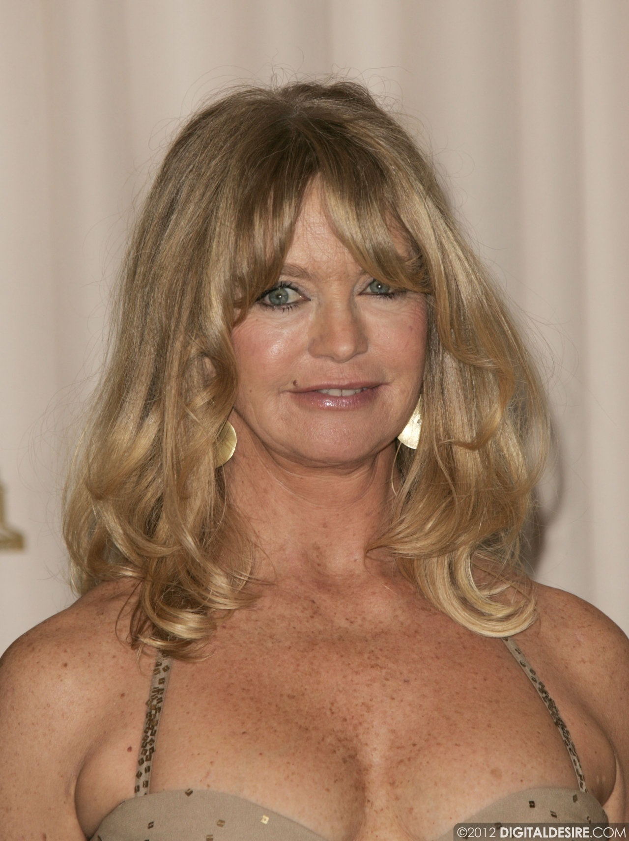 goldie hawn wallpapers high quality | download free