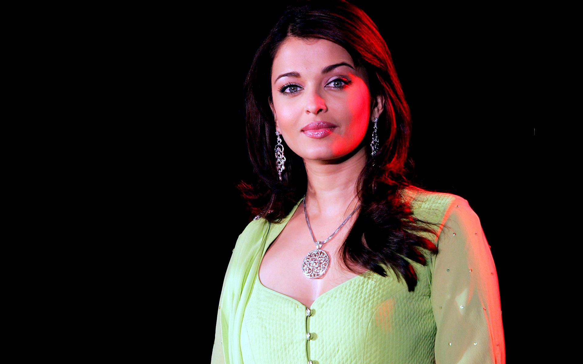 Aishwarya Rai Wallpapers High Quality Download Free