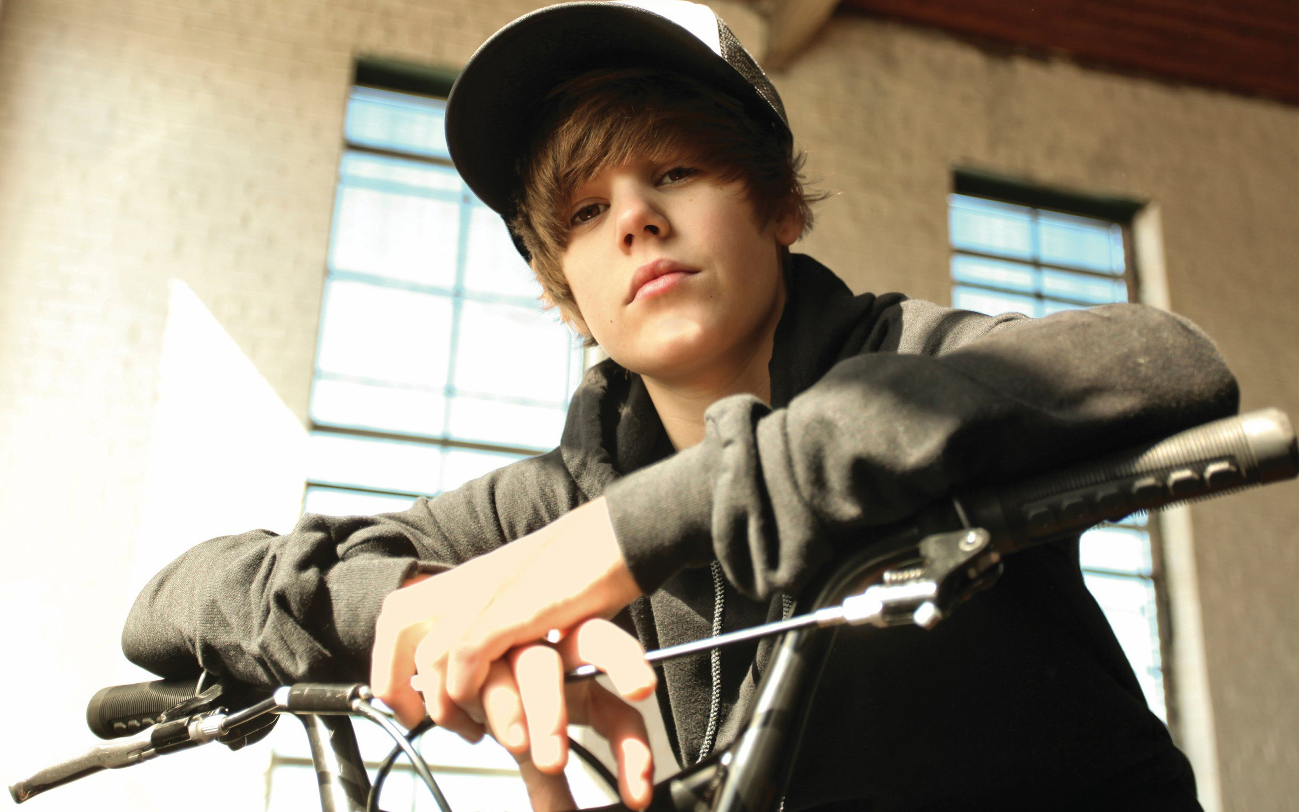 Justin Bieber Wallpapers High Quality
