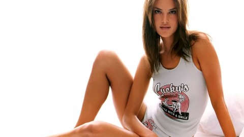 Alessandra Ambrosio wallpapers high quality