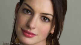 Anne Hathaway For desktop