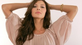 Ali Landry For desktop