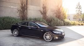Tesla Model S Photos
