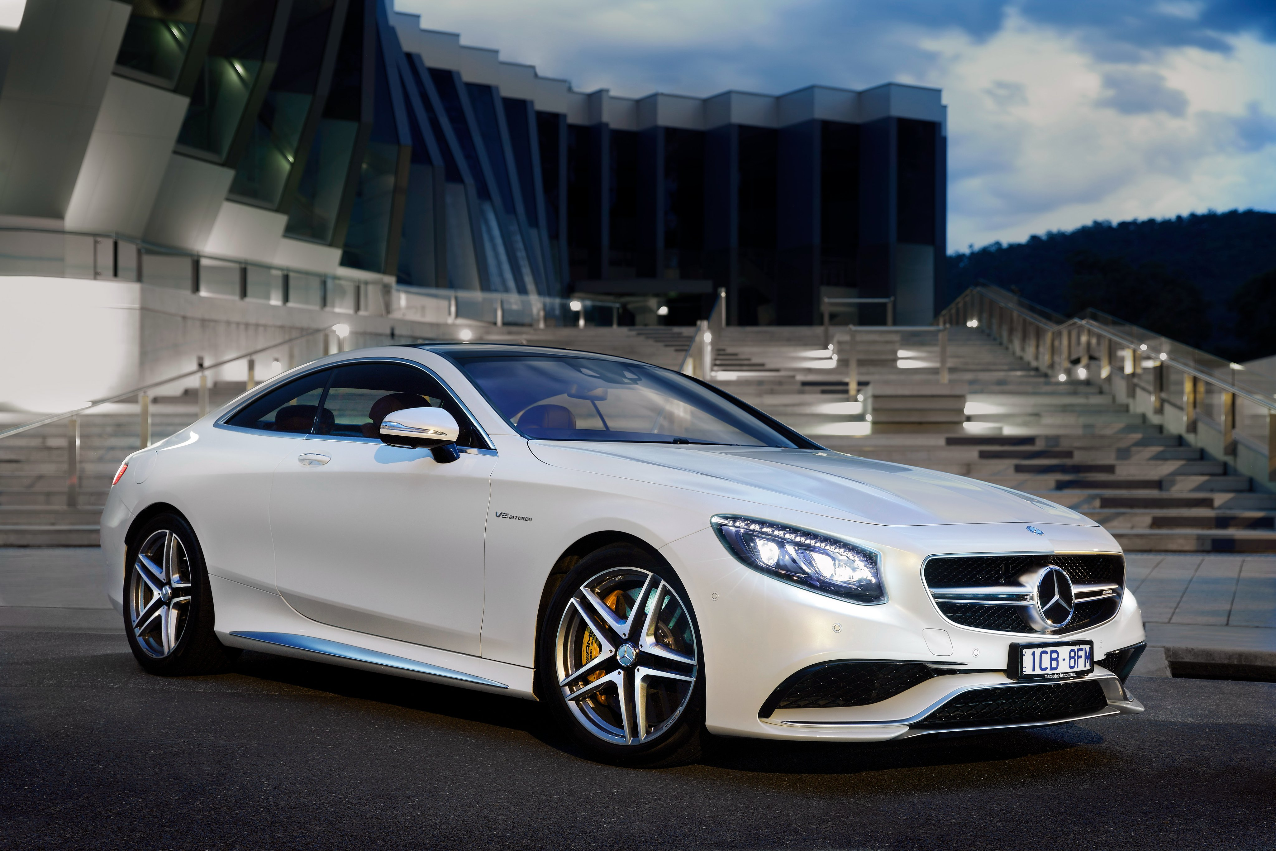 mercedes benz amg s63 wallpapers high quality download free. Black Bedroom Furniture Sets. Home Design Ideas
