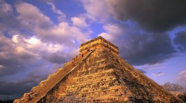 Pyramid 4K