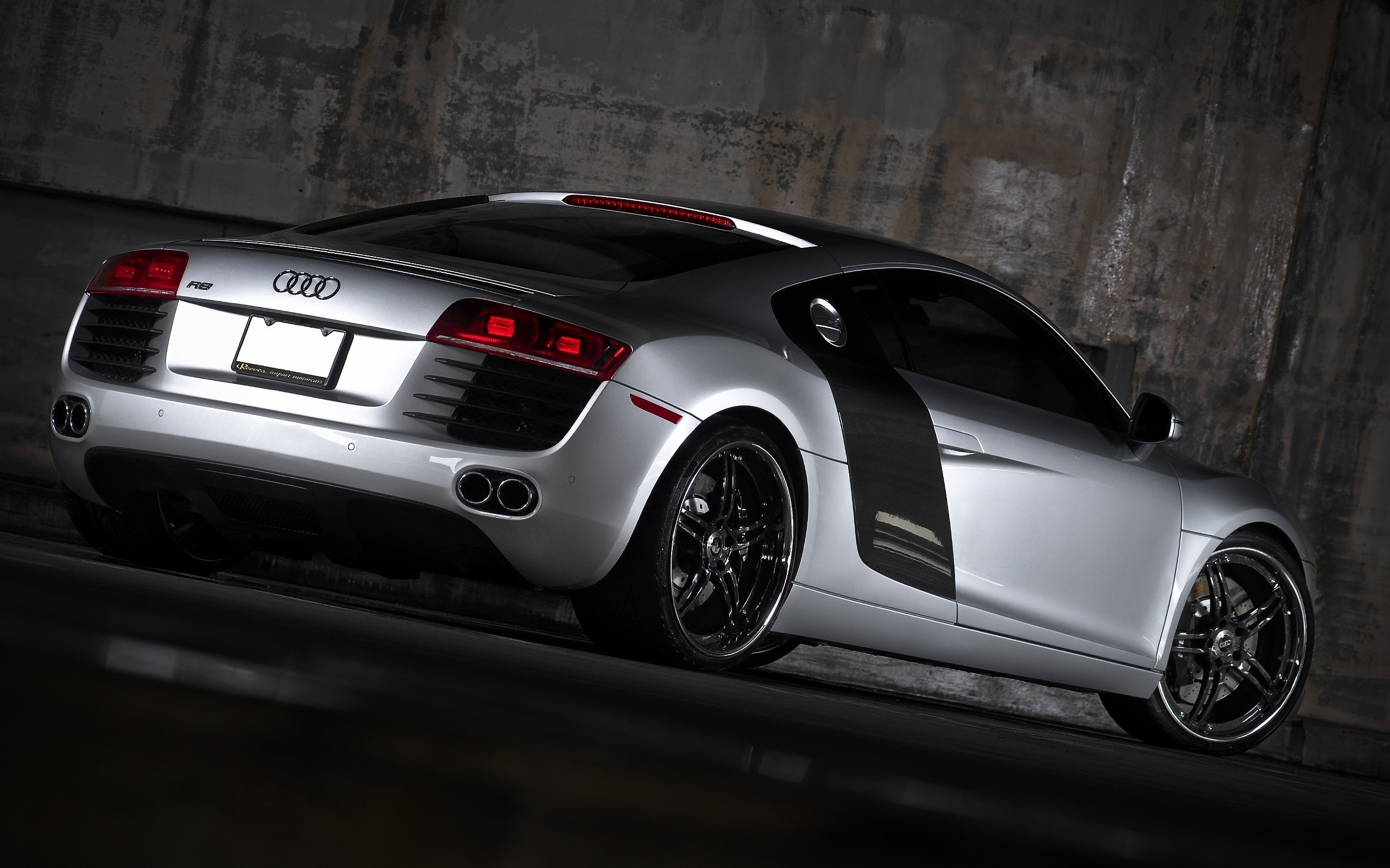 audi r8 wallpapers high quality download free. Black Bedroom Furniture Sets. Home Design Ideas
