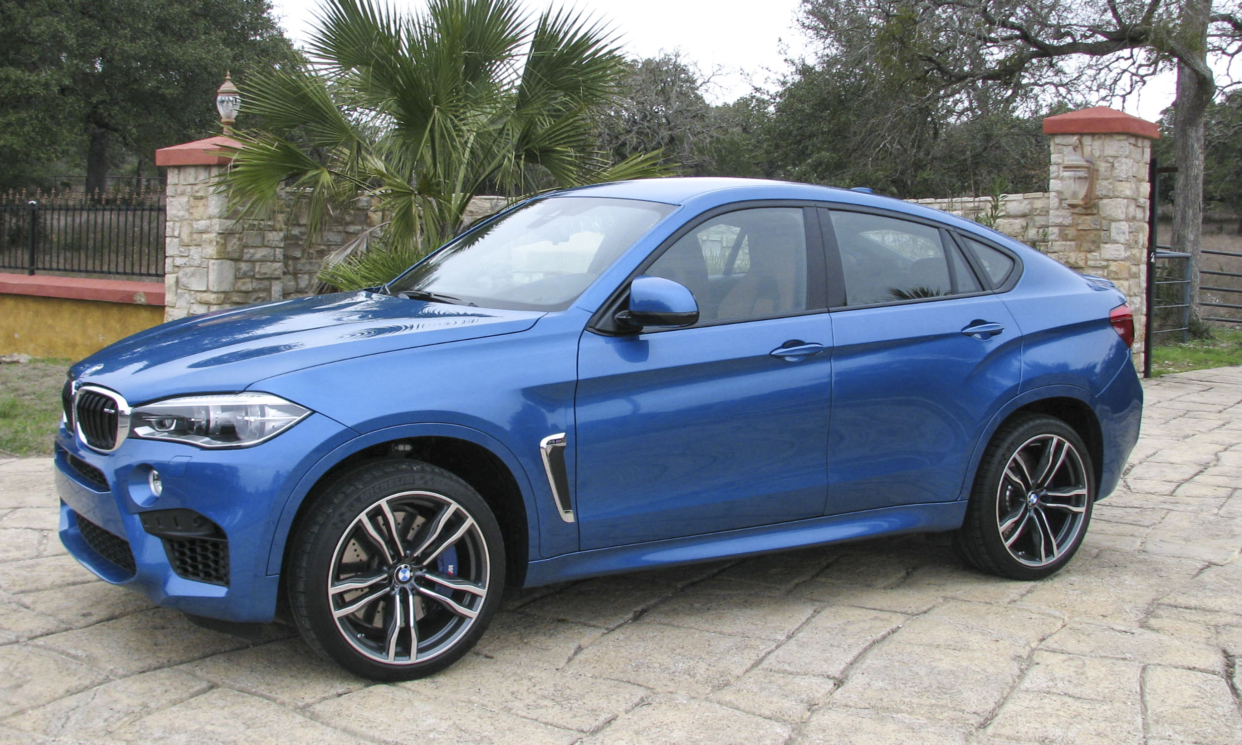2015 bmw x6 wallpapers high quality download free. Black Bedroom Furniture Sets. Home Design Ideas