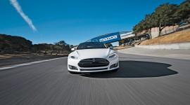 Tesla Model S Widescreen