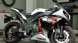 Yamaha R1 hd pictures #660