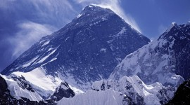 Everest Mountain Wallpaper For IPhone