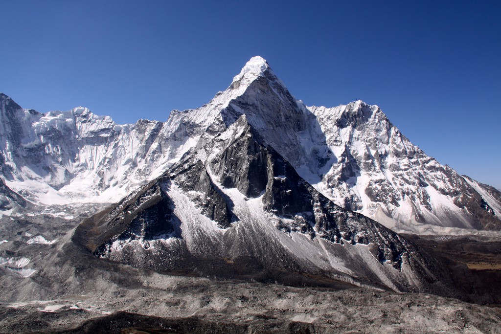 Everest Mountain wallpapers HD