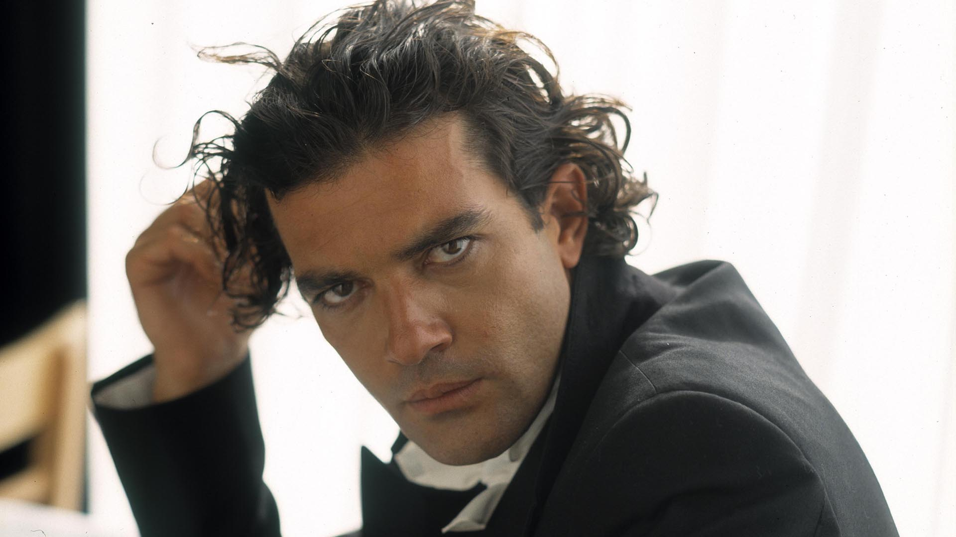 Antonio Banderas Wallpapers High Quality | Download Free Antonio Banderas Movies