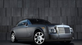 Rolls-Royce Phantom Wallpaper For IPhone