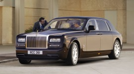 Rolls-Royce Phantom Wallpaper Download