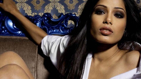 Freida Pinto wallpapers high quality
