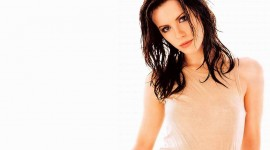 Kate Beckinsale Wallpaper For IPhone