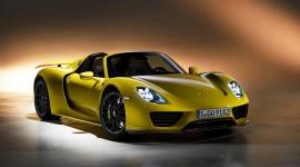 Porsche 918 Spyder Desktop Wallpaper