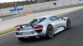 Porsche 918 Spyder Wallpaper Download