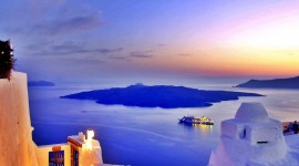 The Island Of Santorini Desktop Background