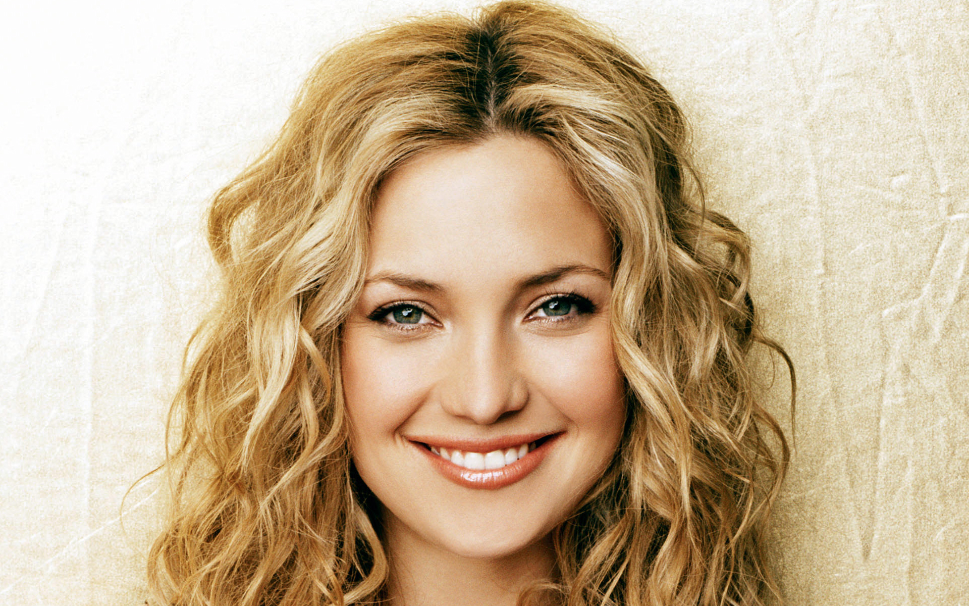 Kate Hudson Wallpapers High Quality | Download Free