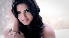 Sunny Leone Photo #3